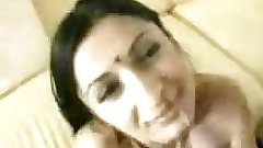 Beautiful Indian Gujju lady giving blowjob